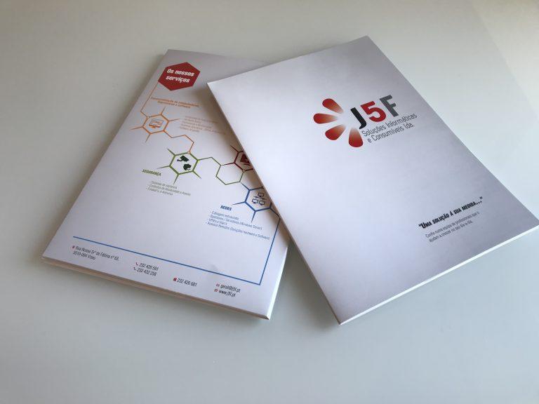 Desenvolvimento e produção Capas J5F